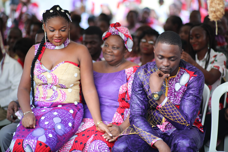 Raila Laroz et K.O pendant leur mariage traditionnel.
