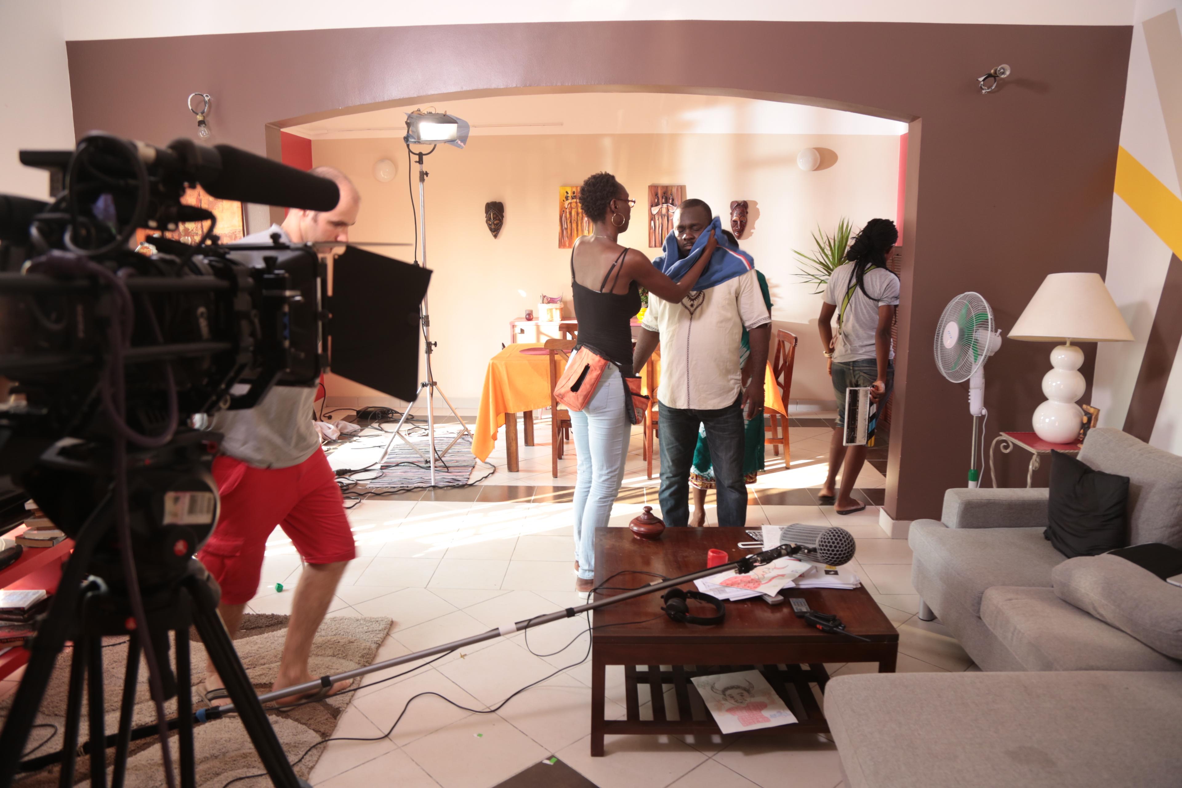Durant le tournage de la serie gabonaise PARENTS MODE D'EMPLOI.